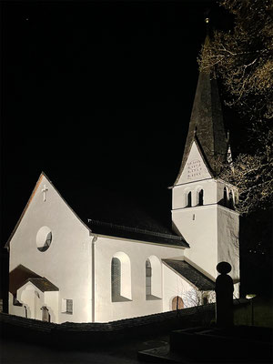 Aussenbeleuchtung für Kreuzkirche Rietz, LED-Strahler 300 Watt, 24.000 Lumen