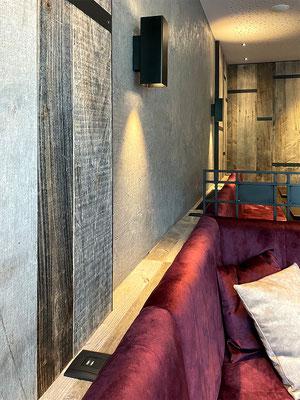 Installation und Montage von Wandleuchten, Spots und USB-Ladestationen im Gästehaus Thaler, Rietz
