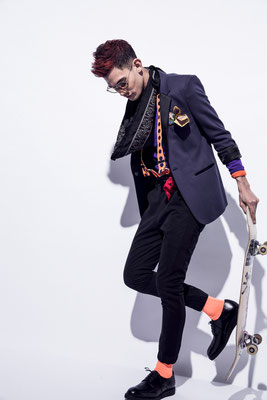 photographer : Eijiro Toyokura        model : Efrain        stylist : Showso Kajiko