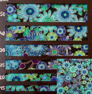 Blüten blau-türkis