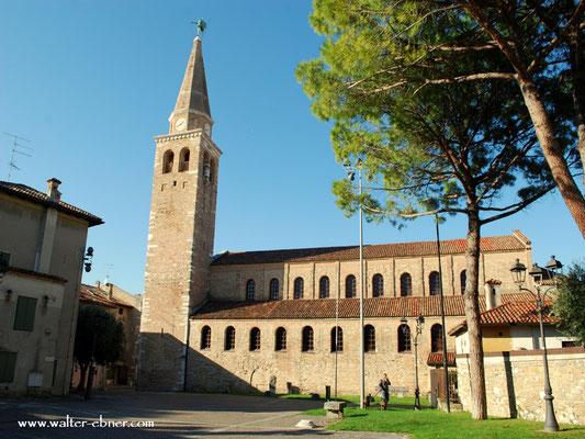 ....Besuch der Kirche, Sant Eufemia....