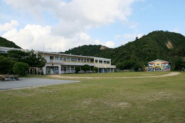 07-0027 廃校になった嘉陽小学校