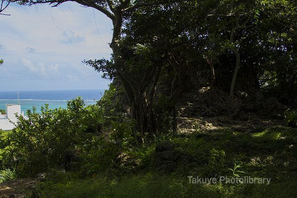 06h-0003 ミントングスク アマミキヨ 安住の地 久高島方面の眺め