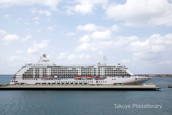 15a-0015 Seven Seas Voyager と 東アジアクルーズ