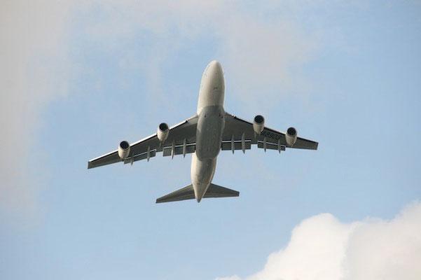 15-0013  JAL ジャンボ機 B747-400