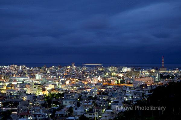 07b-0011 那覇新都心の夜景
