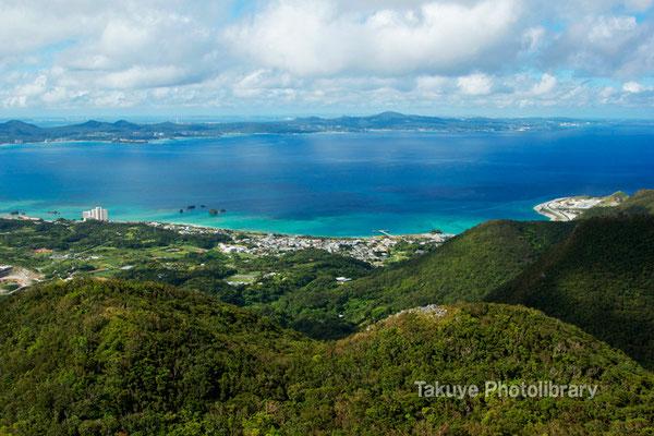 07-0099 嘉津宇岳 山頂からの眺望