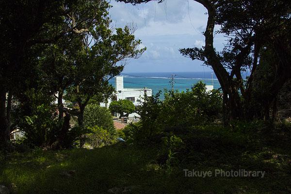 06h-0004 ミントングスク アマミキヨ 安住の地 久高島方面の眺め