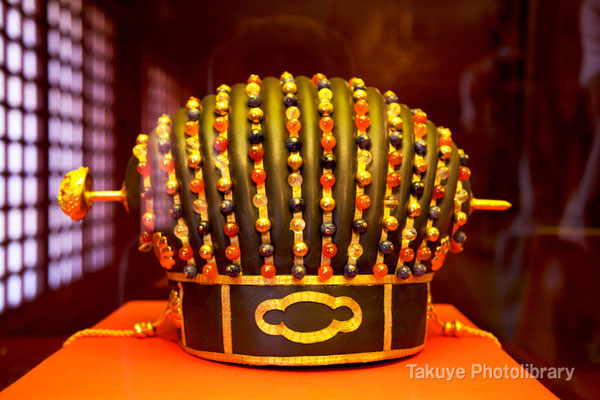 01-0081 ウスガナシーメーの冠 琉球国王の王冠(レプリカ)