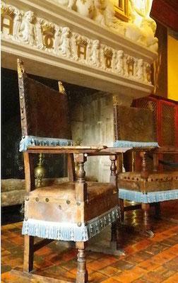 10-0021 シュノンソー城 所蔵の調度品