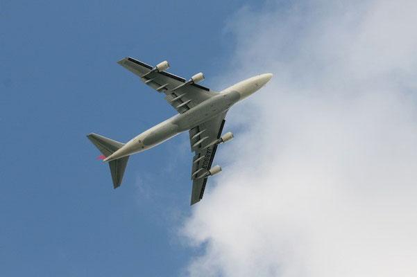 15-0012  JAL ジャンボ機 B747-400
