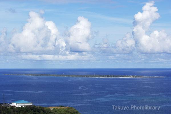 07-0068 知念岬と久高島