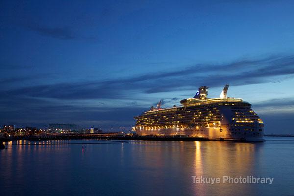 15-0036 MARINER OF THE SEAS マリナー・オブ・ザ・シーズ 138,279トン 全長310m
