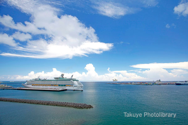 15a-0040 VOYAGER OF THE SEAS 137,276トン 全長310m