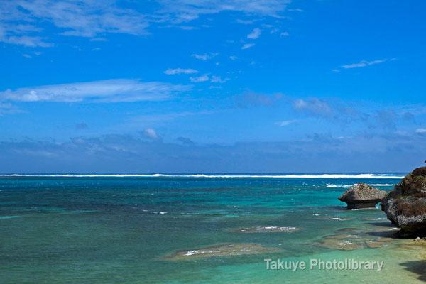 07-0094 伊計島の海