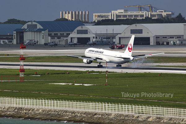 15-0044 日本航空 JAL ボーイング 767-300型機