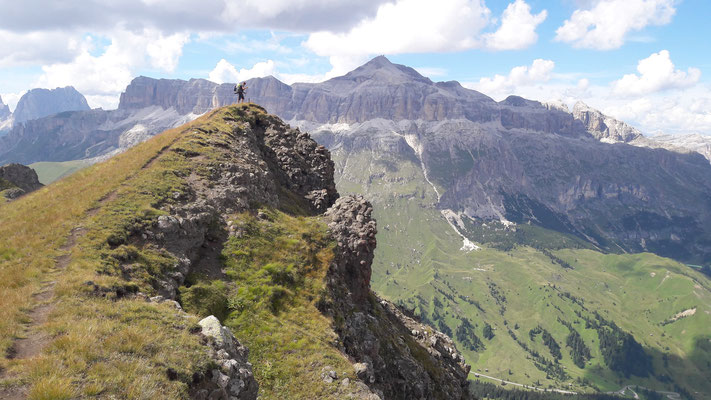Up on the peaks: Im Hintergrund sieht man Piz Boé