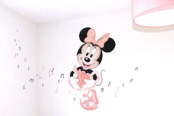 Ballerina Minnie Mouse muurschildering