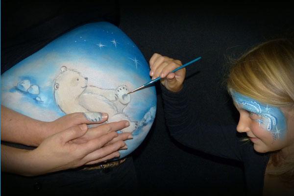 Bellypaint met ijsberen thema
