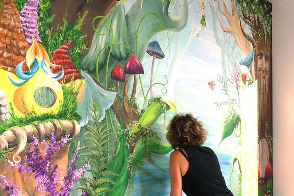 Sprookjesthema muurschildering