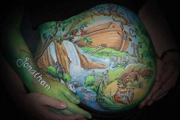 Bellypaint met de diertjes van de ark van noach