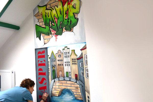 Muurschildering met naam voor op kinderkamer
