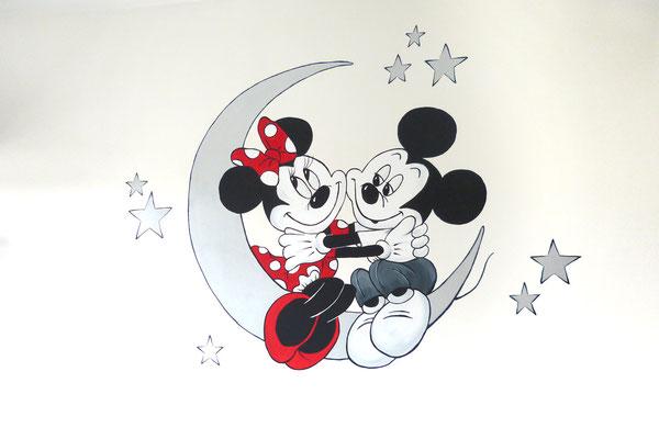 Mickey en Minnie als muurschildering