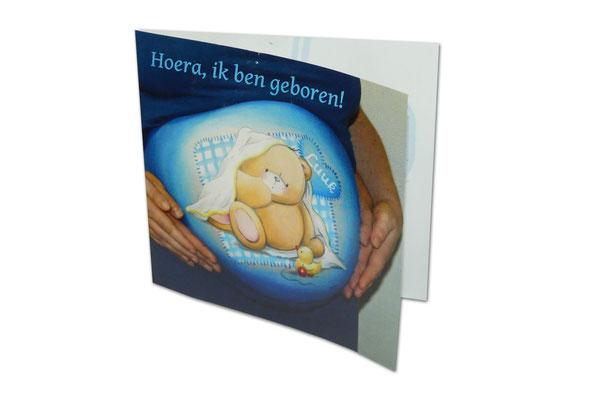 Buikschildering-foto op geboortekaartje laten drukken