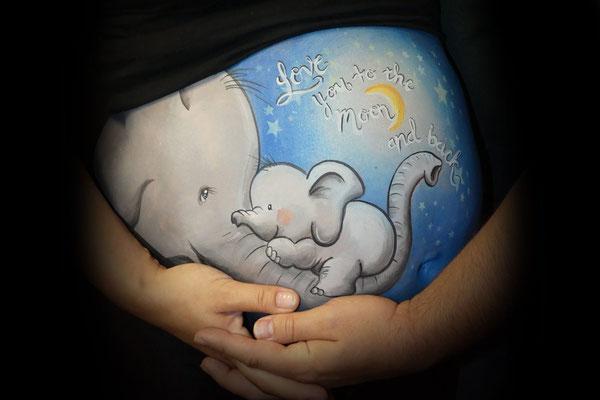 Olifantenjong met mam in de bellypaint