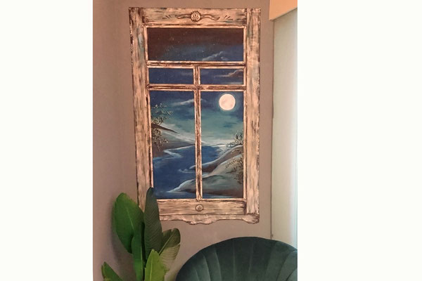 Verweerd raamkozijn schildering met nachtelijk uitzicht
