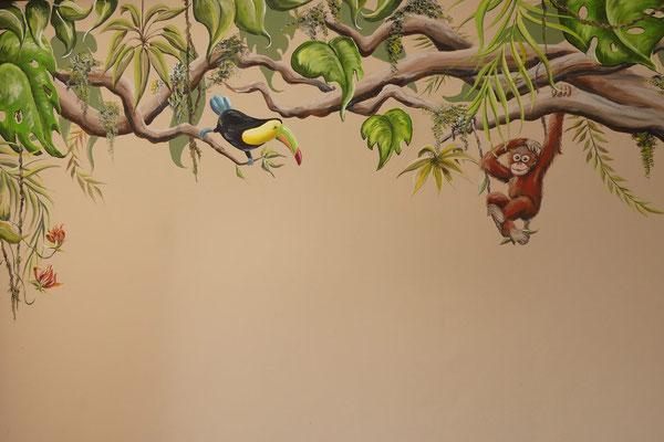 Jungle muurschildering op peuterkamer