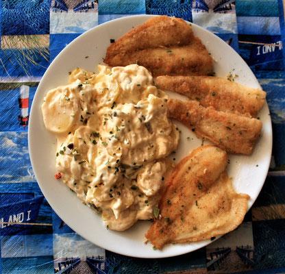 02.05.2020 Fischteller: Pangasius- und Schollenfilet mit Kartoffelsalat