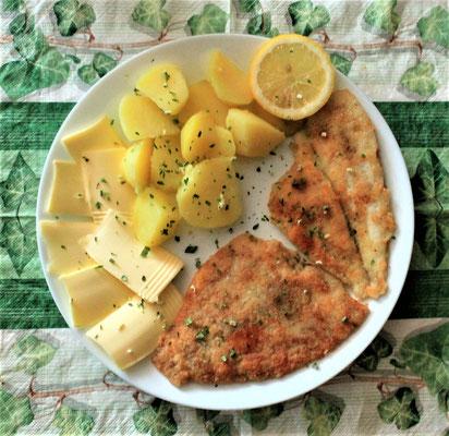 10.03.2020 Schollenfilet mit Kartoffeln, Butter und Zitrone