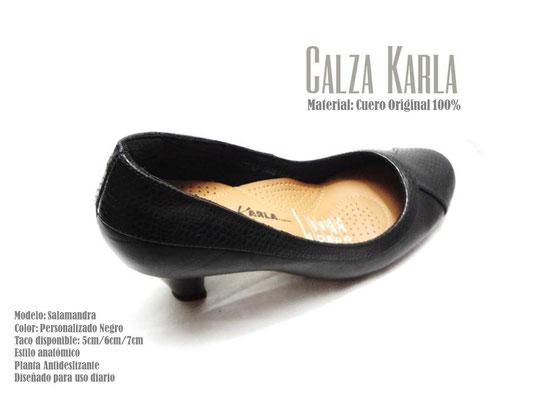 zapato de cuero negro con taquito