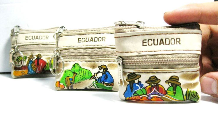 monedero de cuero hecho en ecuador