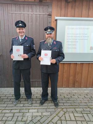 Darüber hinaus wurden die Kameraden André Zeiher und Ronny Große mit der Ehrennadel des Thüringer Feuerwehrverbandes für Verdienste um das Thüringer Feuerwehrwesen geehrt.