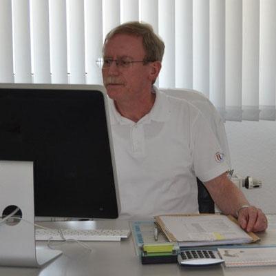 Hans-Georg Paschke - Arzt für Innere Medizin  ---> Lebenslauf