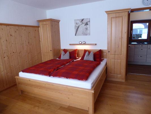 Doppelbett, 180x200 cm