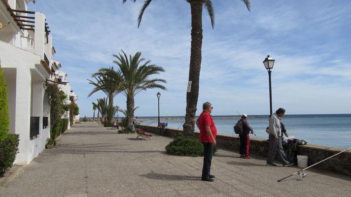 bei den Fischern an der Promenade