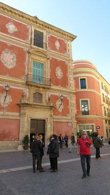 Bischofspalast am Plaza Cardinal Belluga