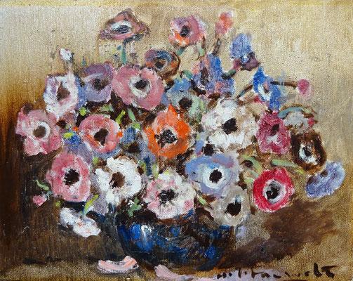 H.J. Pauwels, bloemstilleven, olieverf op doek. Afm. 28 x 36 cm. Prijs € 200,-