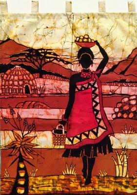 Batik schilderij. Swazi woman. H 140 x Br 70 cm. € 90,- (hoogte zonder de lussen). VERKOCHT.
