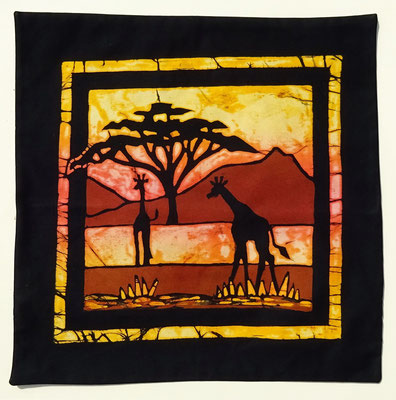 Batik cushion cover Giraffes size 40 x 40 cm € 49,-
