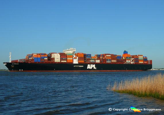 Containerschiff APL MERLION, Elbe 06.05.2015 / BILD 14