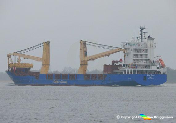"""Schwergutfrachter """"BBC FUJI"""" in Fahrt bei BBC Chartering auf der Elbe 13.03.2018"""