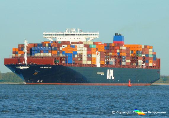 Containerschiff APL MERLION, Elbe 06.05.2015 / BILD 8