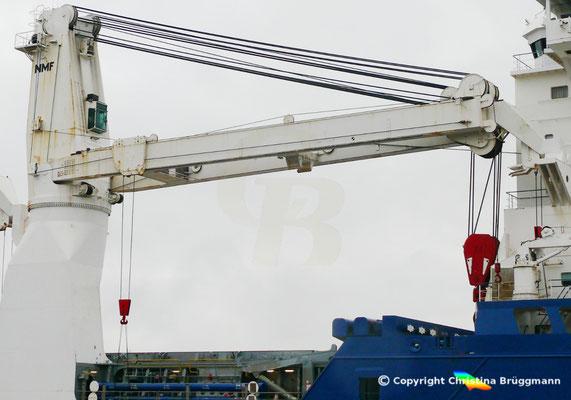 NMF Kran mit 700 t Tragfähigkeit auf der INDUSTRIAL GUIDE