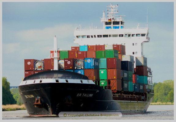 """E.R. TALLIN"" auf dem Nord-Ostsee-Kanal  28.05.2015"