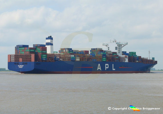Containerschiff APL MERLION, Elbe 17.05.2019 / BILD 4