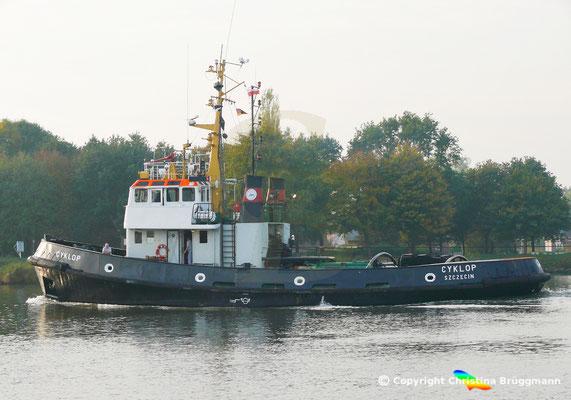 Polnischer Schlepper CYKLOP, Nord-Ostsee Kanal, 17.10.2018,  BILD 1